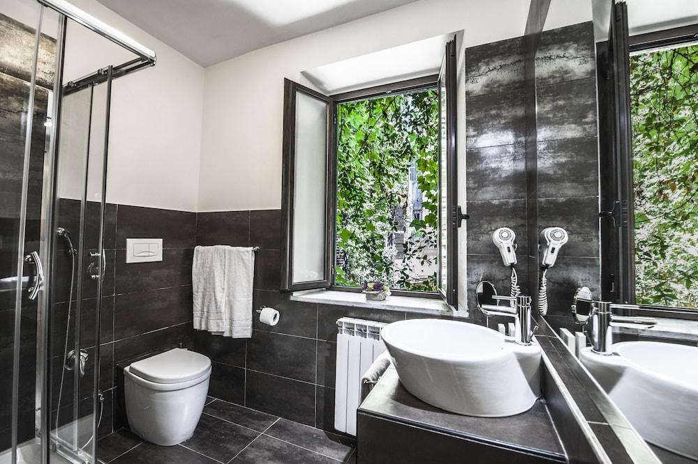 타운 하우스 스파냐(Town House Spagna) Hotel Image 33 - Bathroom