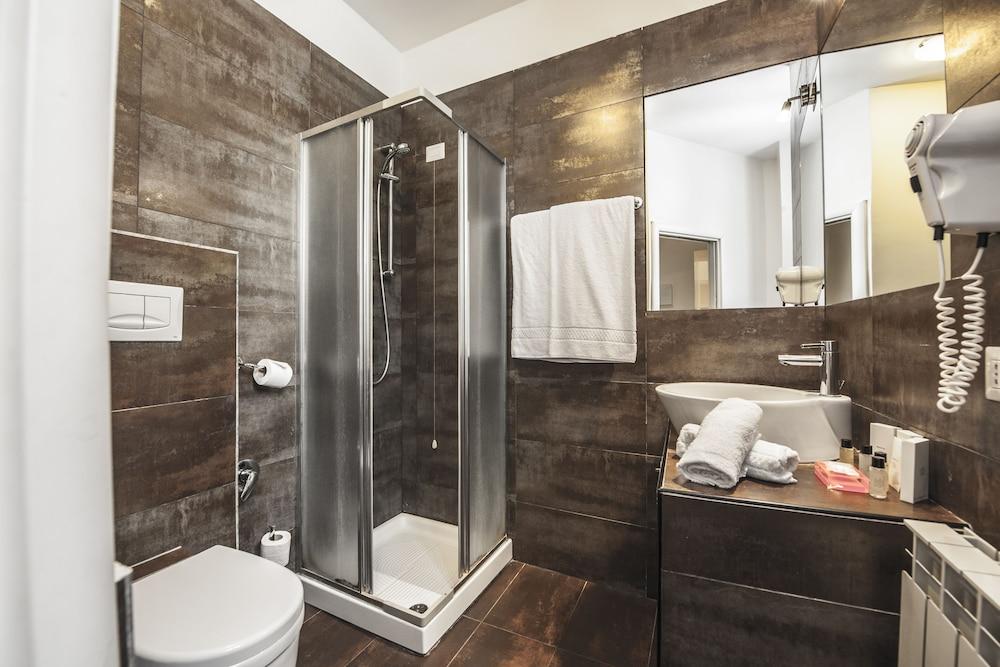 타운 하우스 스파냐(Town House Spagna) Hotel Image 35 - Bathroom