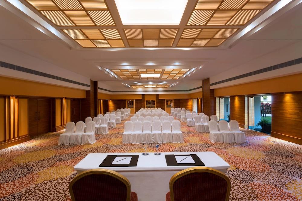 포 포인츠 바이 쉐라톤 비사카파트남(Four Points by Sheraton Visakhapatnam) Hotel Image 22 - Meeting Facility