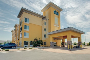 Hotel - La Quinta Inn & Suites by Wyndham Denver Gateway Park
