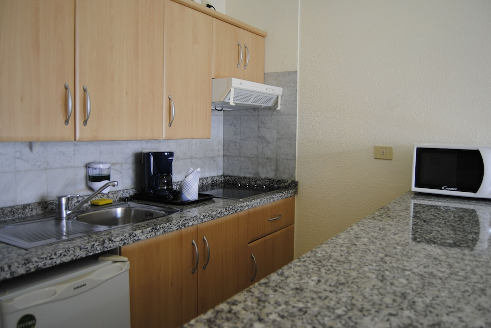 마롤라 파크(Marola Park) Hotel Image 14 - In-Room Kitchen