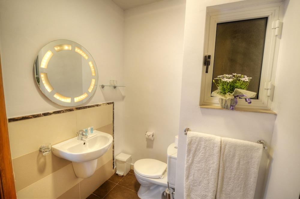 칼튼 호텔(Carlton Hotel) Hotel Image 37 - Bathroom