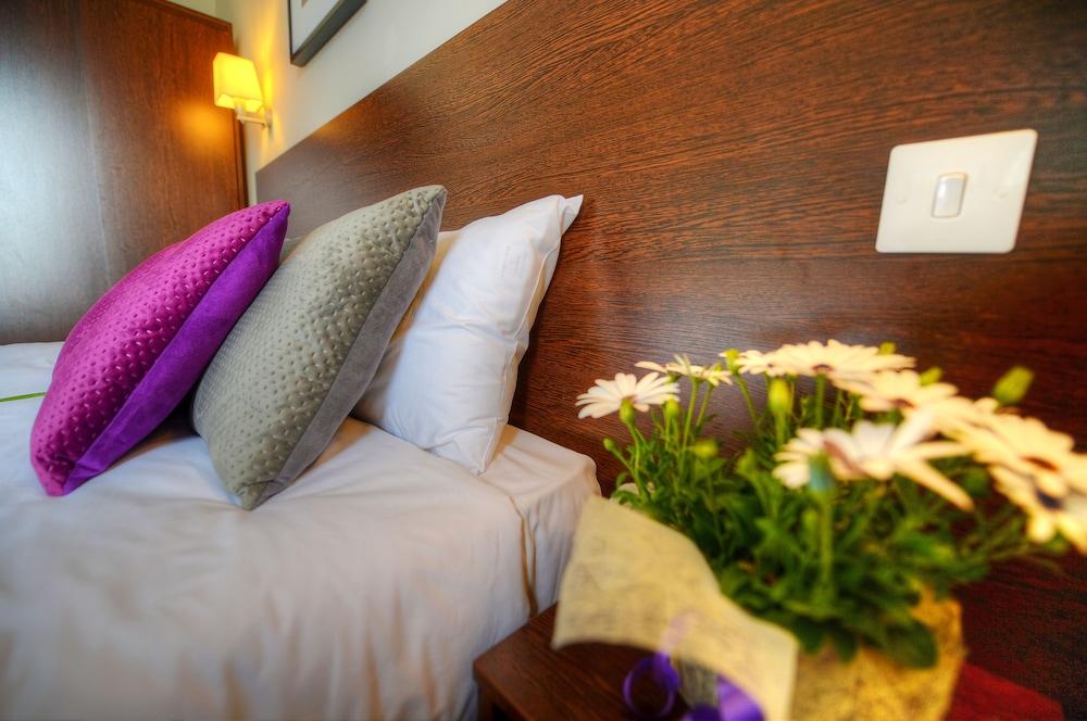칼튼 호텔(Carlton Hotel) Hotel Image 17 - Guestroom