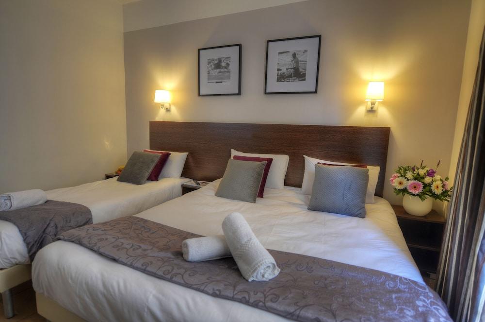 칼튼 호텔(Carlton Hotel) Hotel Image 22 - Guestroom