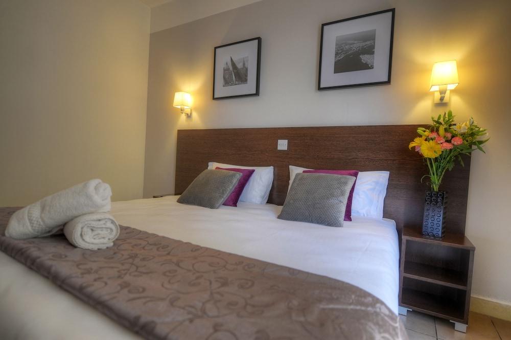 칼튼 호텔(Carlton Hotel) Hotel Image 26 - Guestroom