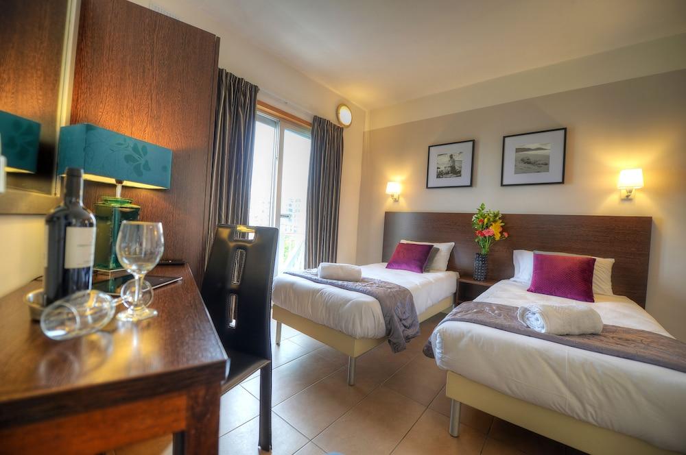 칼튼 호텔(Carlton Hotel) Hotel Image 27 - Guestroom