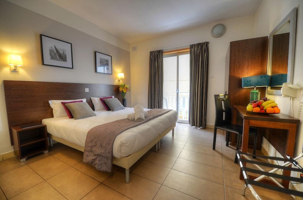 칼튼 호텔(Carlton Hotel) Hotel Image 30 - Guestroom