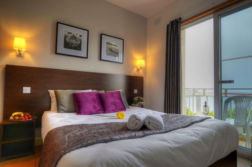 칼튼 호텔(Carlton Hotel) Hotel Image 35 - Guestroom
