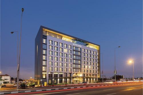 . Hotel Baía