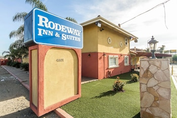 Hotel - Rodeway Inn & Suites Near the Coliseum & Arena