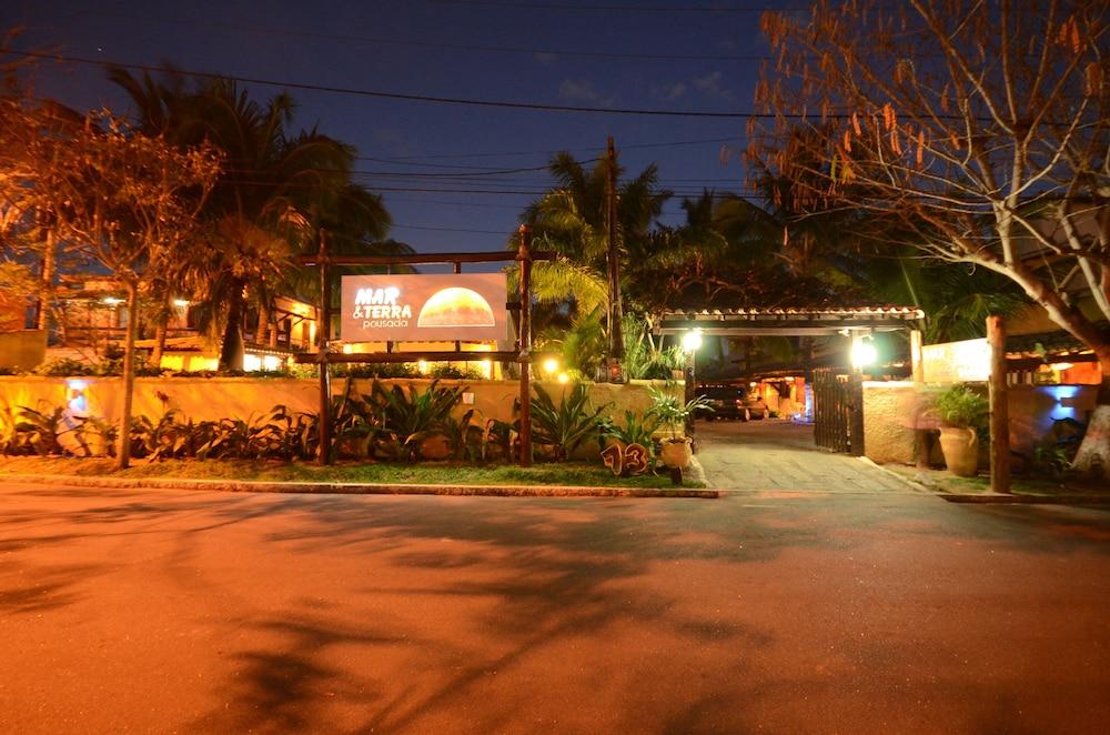 포우사다 마르 에 테라(Pousada Mar e Terra) Hotel Image 48 - Hotel Front - Evening/Night