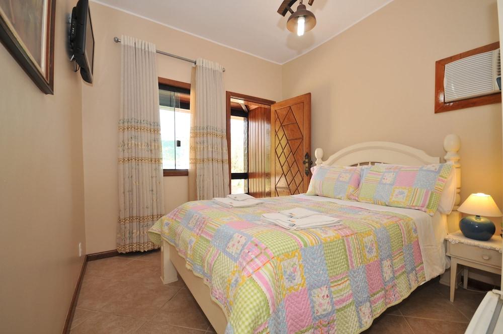 포우사다 마르 에 테라(Pousada Mar e Terra) Hotel Image 6 - Guestroom