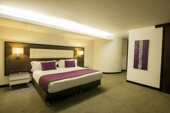 Hotel - Expo Suites Parque Central Bavaria