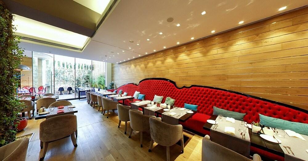 그래피티 갤러리 디자인 호텔(Graffit Gallery Design Hotel) Hotel Image 43 - Restaurant