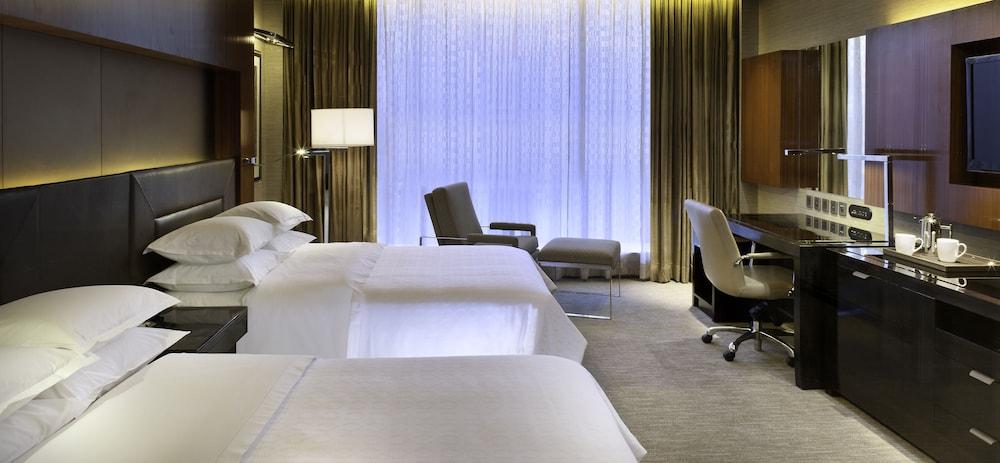 쉐라톤 그랜드 방갈로르 호텔 앳 브리게이드 게이트웨이(Sheraton Grand Bangalore Hotel at Brigade Gateway) Hotel Image 17 - Guestroom