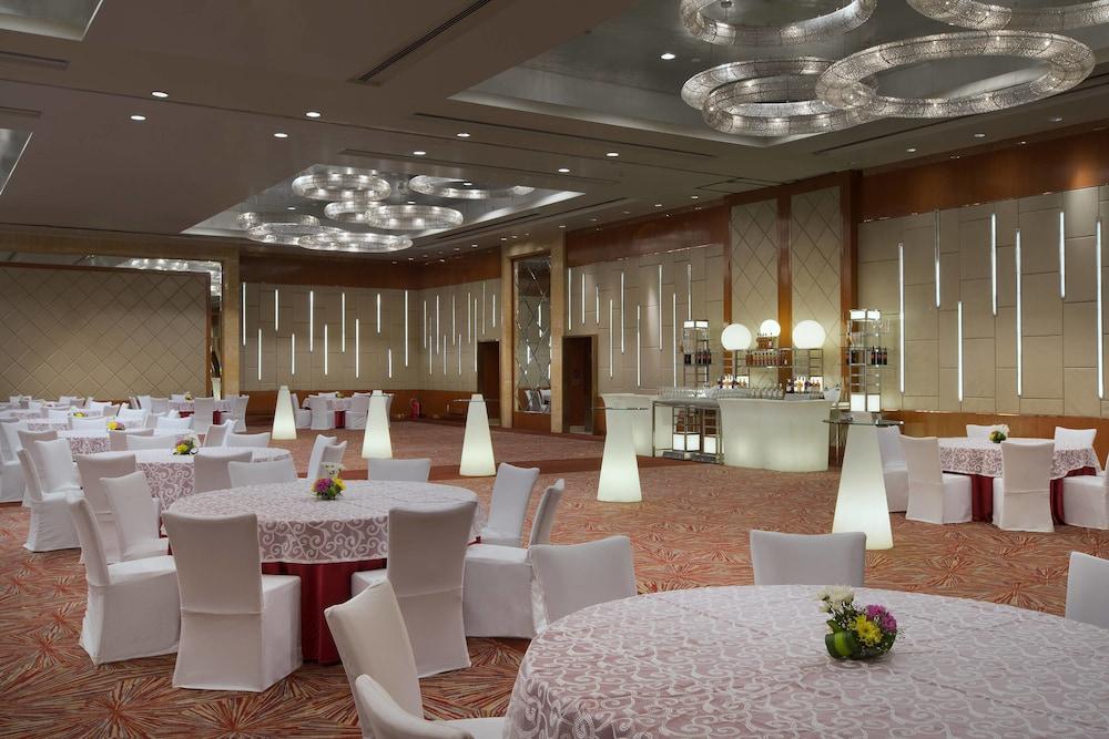 쉐라톤 그랜드 방갈로르 호텔 앳 브리게이드 게이트웨이(Sheraton Grand Bangalore Hotel at Brigade Gateway) Hotel Image 61 - Meeting Facility