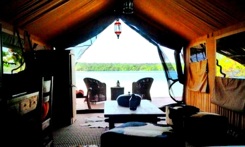 Ratua Island Resort and Spa, Canal - Fanafo