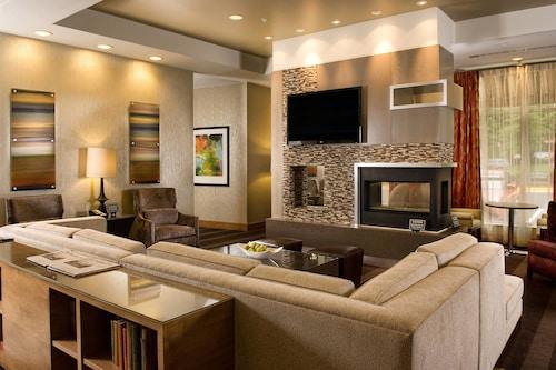 . Residence Inn Fairfax City