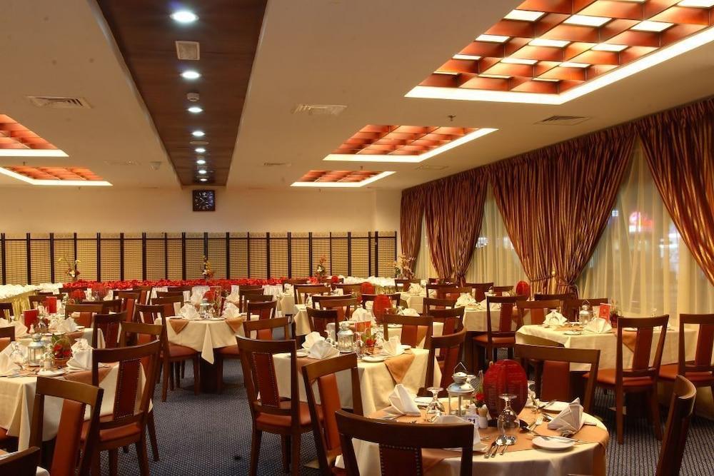 그랜드 센트럴 호텔(Grand Central Hotel) Hotel Image 39 - Banquet Hall