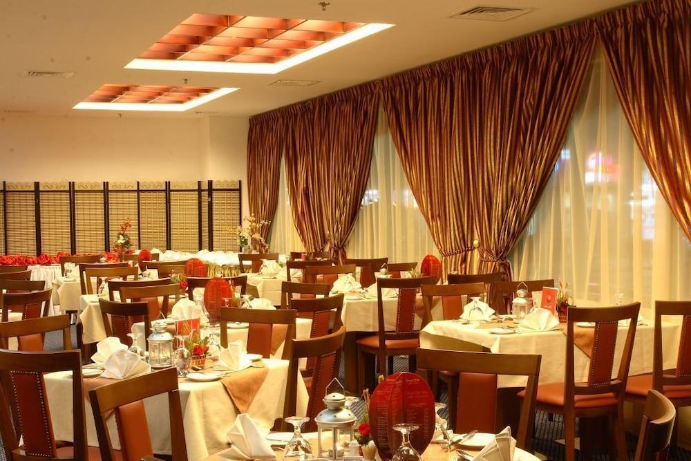 그랜드 센트럴 호텔(Grand Central Hotel) Hotel Image 40 - Banquet Hall
