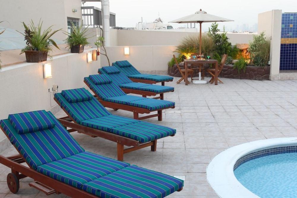 그랜드 센트럴 호텔(Grand Central Hotel) Hotel Image 3 - Pool