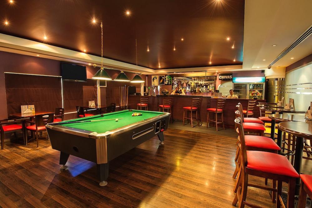 그랜드 센트럴 호텔(Grand Central Hotel) Hotel Image 35 - Sports Bar