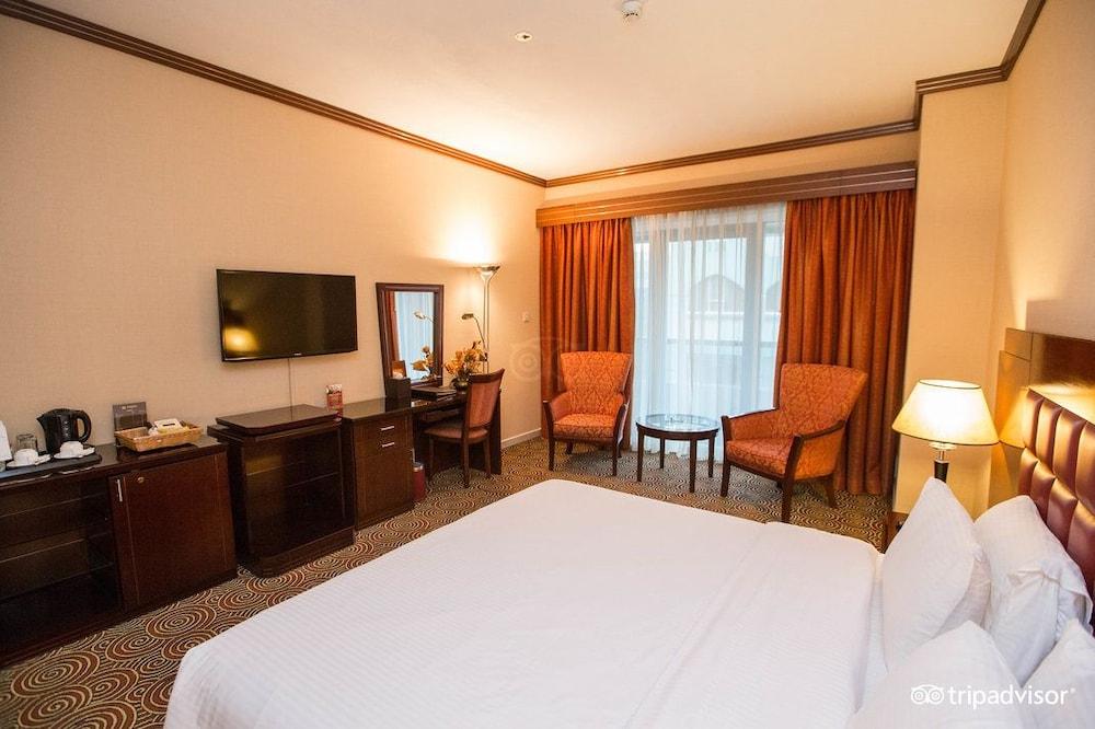 그랜드 센트럴 호텔(Grand Central Hotel) Hotel Image 10 - Guestroom