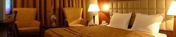 그랜드 센트럴 호텔(Grand Central Hotel) Hotel Image 8 - Guestroom