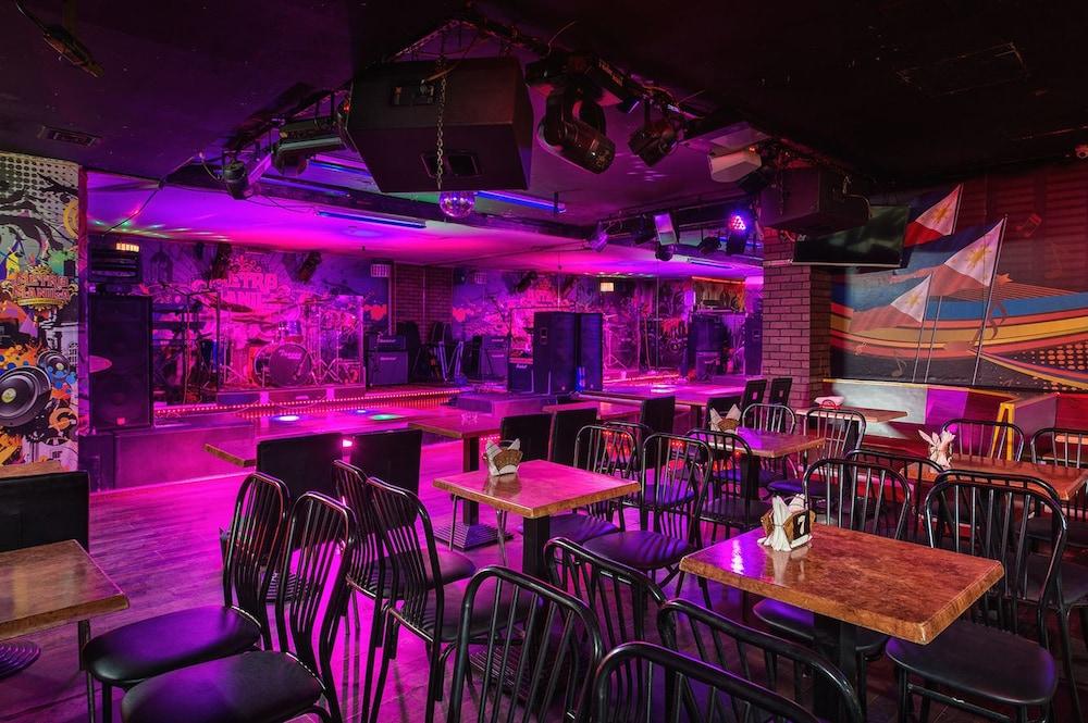 그랜드 센트럴 호텔(Grand Central Hotel) Hotel Image 36 - Nightclub