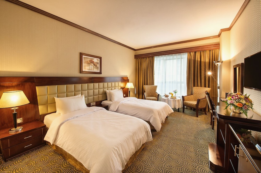 그랜드 센트럴 호텔(Grand Central Hotel) Hotel Image 9 - Guestroom