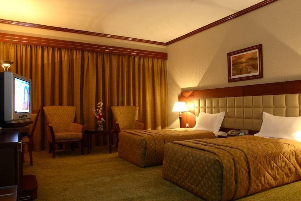 그랜드 센트럴 호텔(Grand Central Hotel) Hotel Image 4 - Guestroom