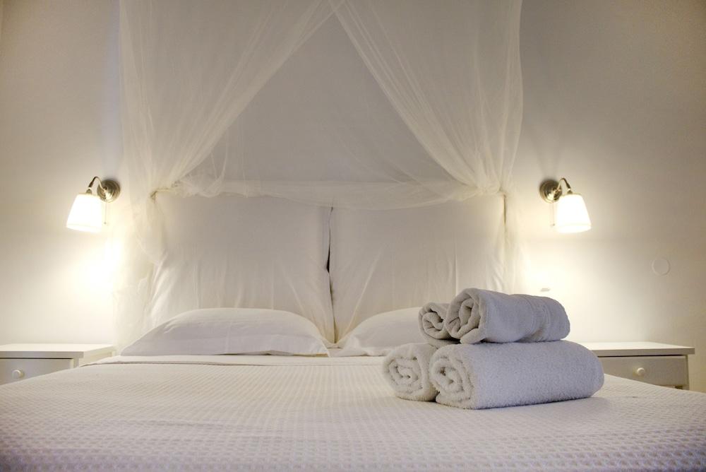 니시오티코 호텔(Nissiotiko Hotel) Hotel Image 18 - Guestroom