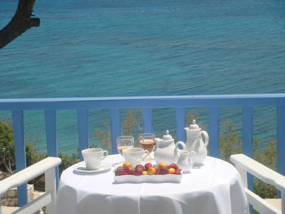 니시오티코 호텔(Nissiotiko Hotel) Hotel Image 31 - Balcony
