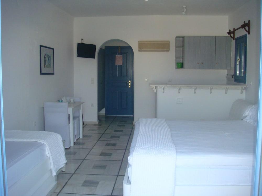 니시오티코 호텔(Nissiotiko Hotel) Hotel Image 8 - Guestroom