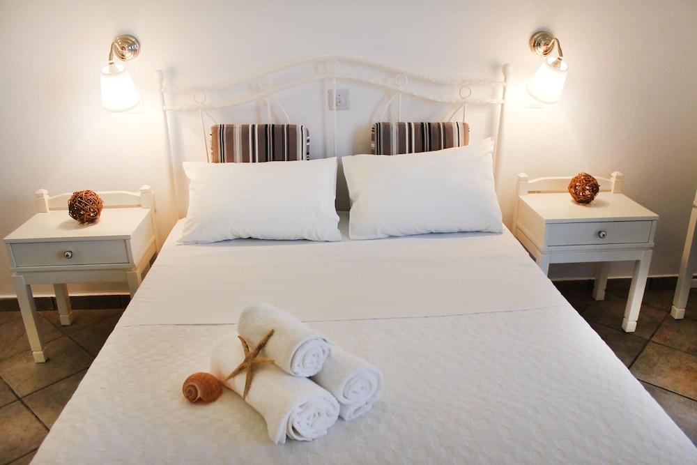 니시오티코 호텔(Nissiotiko Hotel) Hotel Image 21 - Guestroom