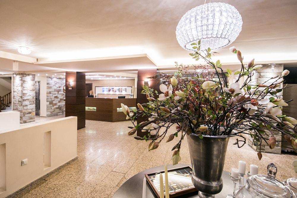 포르타리아 호텔(Portaria Hotel) Hotel Image 2 - Reception