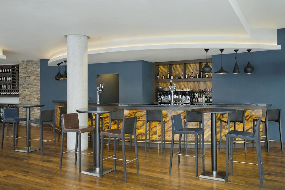 알로프트 런던 엑셀(Aloft London Excel) Hotel Image 20 - Restaurant