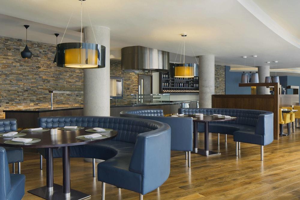 알로프트 런던 엑셀(Aloft London Excel) Hotel Image 29 - Restaurant