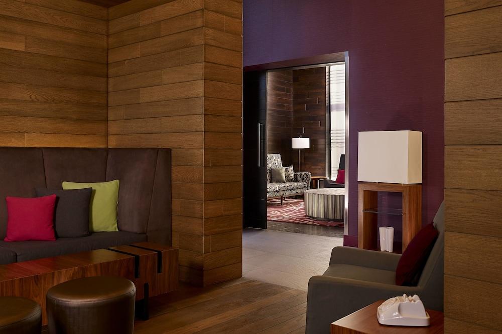 알로프트 런던 엑셀(Aloft London Excel) Hotel Image 31 - Restaurant