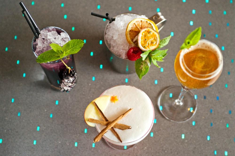 알로프트 런던 엑셀(Aloft London Excel) Hotel Image 35 - Food and Drink