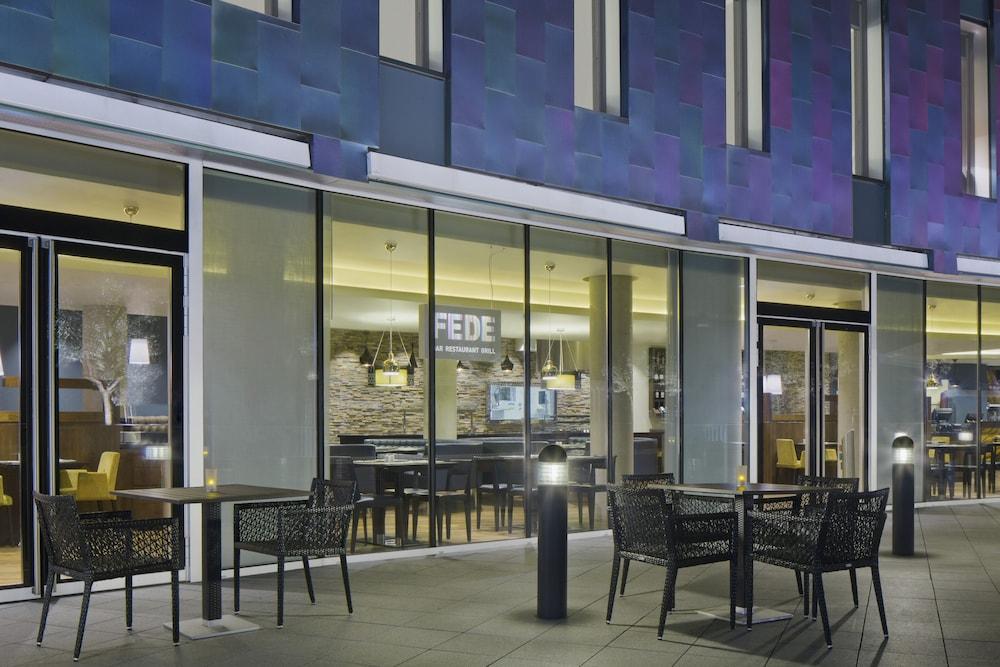 알로프트 런던 엑셀(Aloft London Excel) Hotel Image 21 - Restaurant