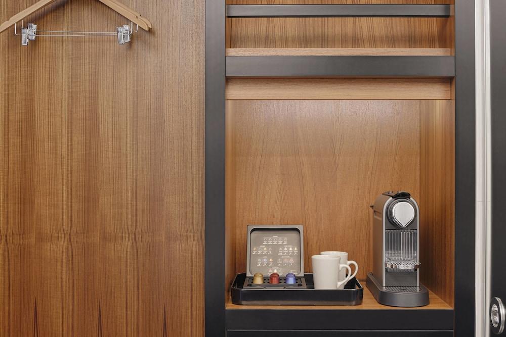 알로프트 런던 엑셀(Aloft London Excel) Hotel Image 11 - Guestroom