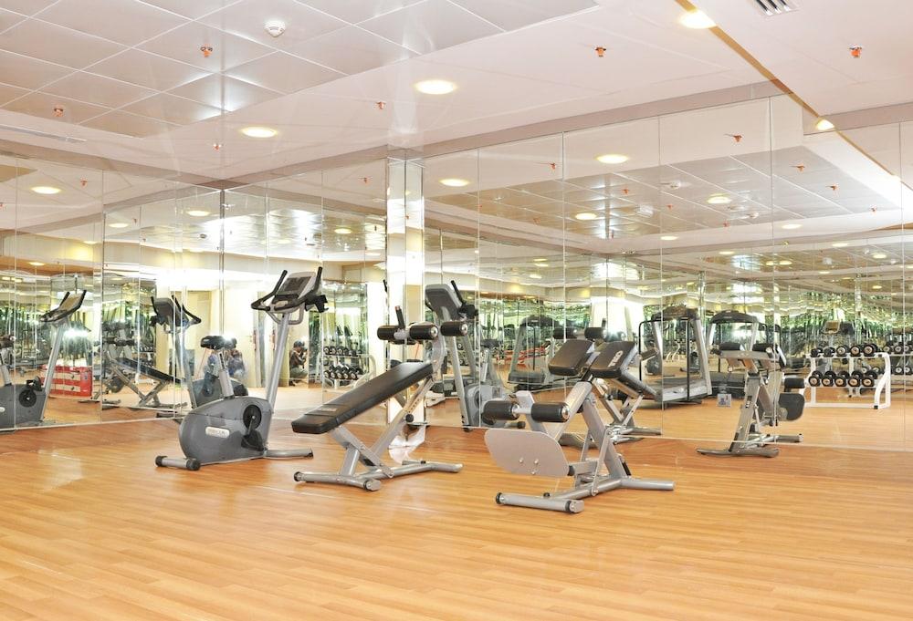 라미 로얄 호텔 아파트먼츠(Ramee Royal Hotel Apartments) Hotel Image 12 - Fitness Facility