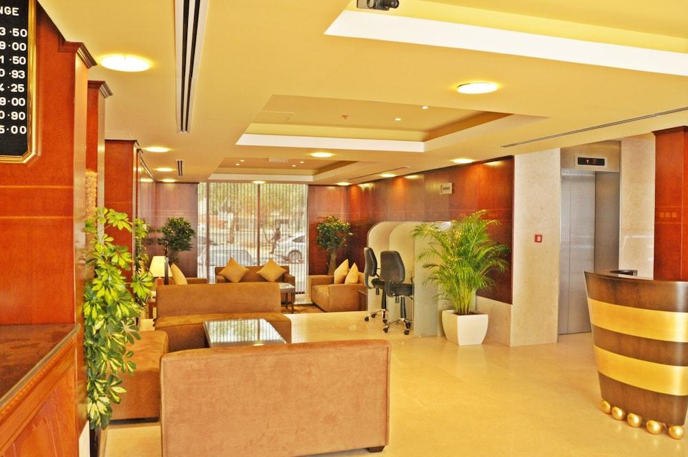 라미 로얄 호텔 아파트먼츠(Ramee Royal Hotel Apartments) Hotel Image 1 - Lobby