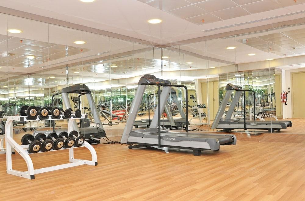 라미 로얄 호텔 아파트먼츠(Ramee Royal Hotel Apartments) Hotel Image 13 - Fitness Facility