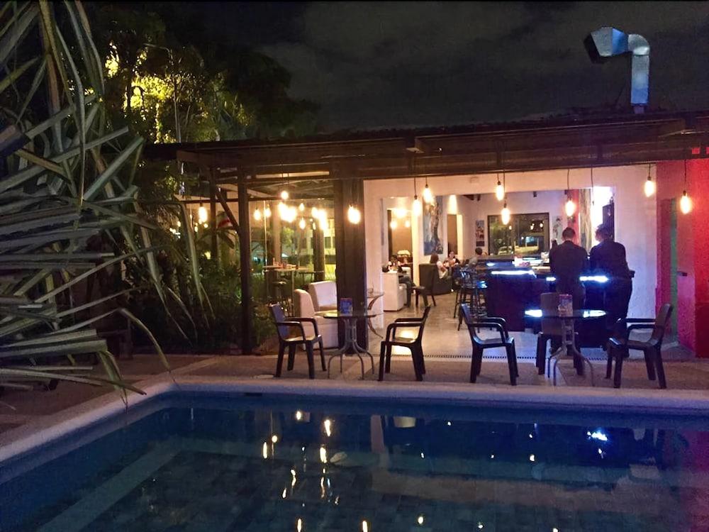 컬러스 오아시스 리조트 - 라이프스타일 인클루시브 성인 전용(Colours Oasis Resort - Lifestyle Inclusive Adults Only) Hotel Image 0 - Featured Image