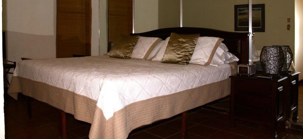 컬러스 오아시스 리조트 - 라이프스타일 인클루시브 성인 전용(Colours Oasis Resort - Lifestyle Inclusive Adults Only) Hotel Image 6 - Guestroom