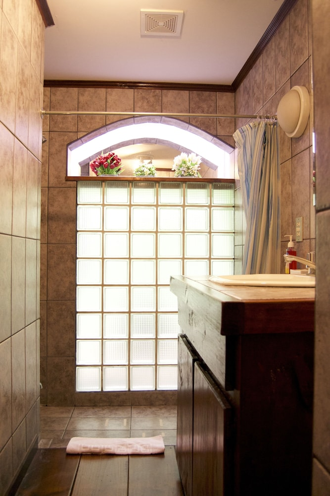 컬러스 오아시스 리조트 - 라이프스타일 인클루시브 성인 전용(Colours Oasis Resort - Lifestyle Inclusive Adults Only) Hotel Image 28 - Bathroom