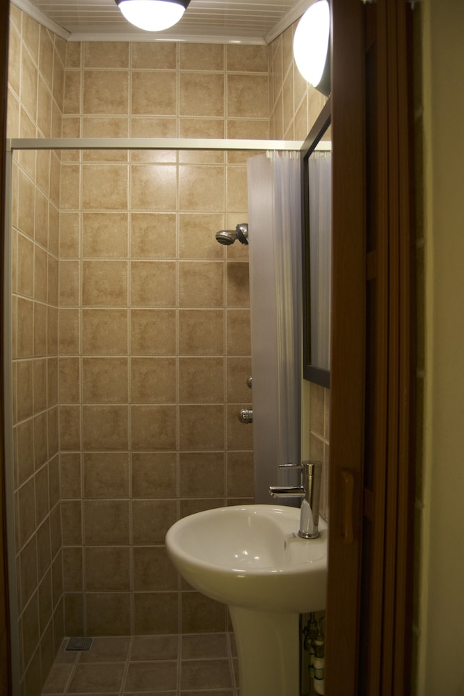 컬러스 오아시스 리조트 - 라이프스타일 인클루시브 성인 전용(Colours Oasis Resort - Lifestyle Inclusive Adults Only) Hotel Image 30 - Bathroom