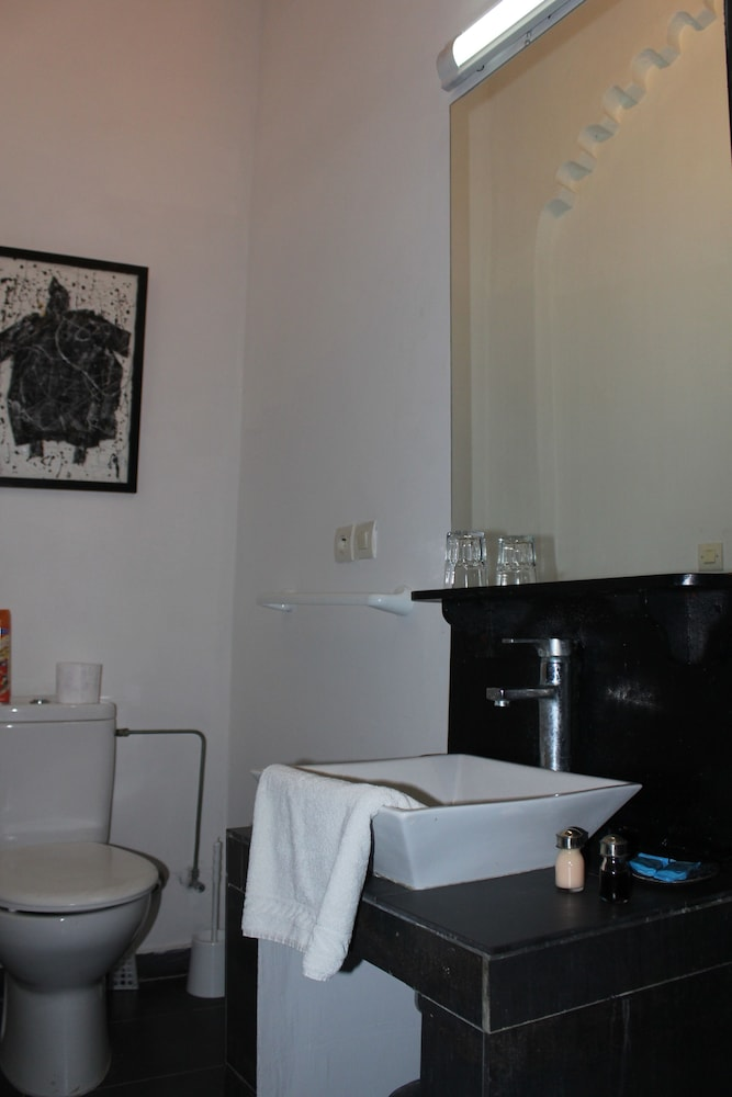 리아드 7(Riad 7) Hotel Image 24 - Bathroom